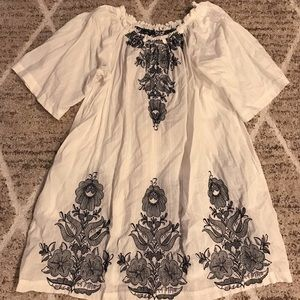 Johnny Was 3J Workshop Embroidery Tunic Top